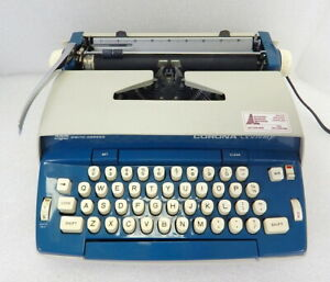 NICE SCM Smith Corona 70 Seventy Electric Typewriter Blue WORKS