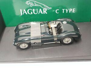 AutoArt  Classic  DIvision  Jaguar C Type 1:18