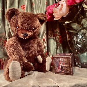 "18"" ANTIQUE 1940s KNICKERBOCKER TEDDY BEAR, FULL COVERAGE BROWN MOHAIR"