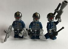 original LEGO THE MOVIE - 3 ROBO COPS - rare uniforms + accessories weapon 70801