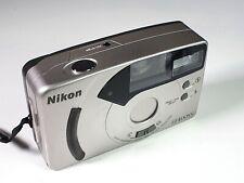 Nice Vintage Nikon EF400SV 35 mm Film Camera 28mm lens Focusfree & Red-Eye red.
