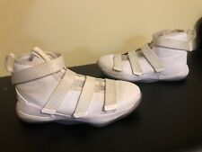 Authentic Nike Lebron Basketball Shoes Soldier Kids Size 2.5 All White