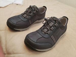 Dansko Helen Suede Charcoal/Metallic Shoe, Size 39- New In Box