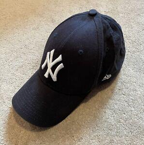New Era 9Forty Men's Cap - New York Yankees- Navy Adjustable