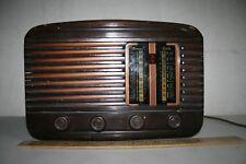 ANTIGUA RADIO INVICTA, MUY GRANDE, 8,9 KG  CARCASA DE MADERA, VALVULAS VER FOT