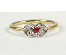 Zarter Ring, Gold 585 mit wunderschönem Rubin und Diamant 0,02 Carat