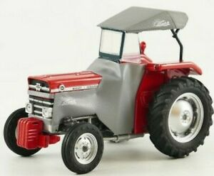 UH5232 - Tractor Massey-Ferguson 135 With Cabin IN Canvas