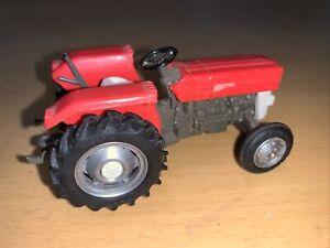 Vintage Early Britains Farm Massey Ferguson MF 135 Red Tractor Model 9520 1973