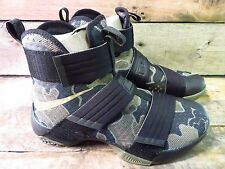 Nike LEBRON Soldier 10 SFG Mens Shoe Size 9.5 NEW 844378-022 Camouflage Black