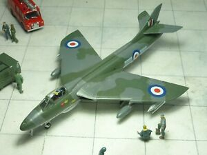 Hawker Hunter F.6 20 Sqn RAF 1/72 kit built & finished for display