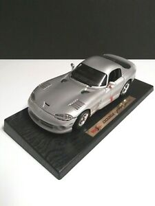 Maisto Dodge Viper GTS 1996 1/18 Scale Special Edition Silver Car New in Box