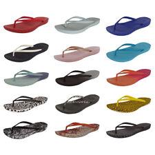 Fitflop Womens iQushion Ergonomic Flip Flop Shoes