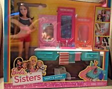 BARBIE SISTERS VANITY & SKIPPER W/ ACCESSORIES BGX44 *NEW*