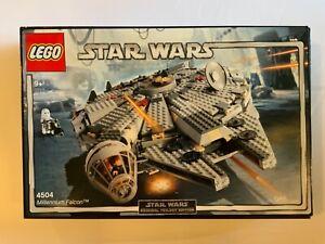 LEGO Star Wars Millennium Falcon 4504 NEW Retired 2004Original Trilogy Edition