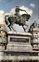 Orléans CPA Frankreich France Statue Jeanne d`Arc Denkmal Carte Postale France