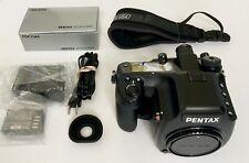 PENTAX 645D 40.0MP Medium Format Camera DSLR Excellent Condition / Shutter 6.9k