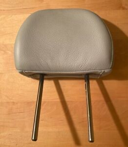 2005 Volvo S40 T5 Gray Leather Back Seat Head Rest