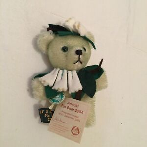 Hermann Bears Limited Edition. Annual Pin Bear 2004. Collectible. With Tags