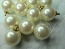 CHANEL 💯 ❤️❤ 6  PEARL  BUTTONS 14MM , WHITE CC FRONT, WOW💯 ❤️💯 ❤ LOT 6