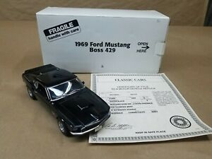 DANBURY MINT 1969 Ford Mustang 429 Boss 1/24 Die-cast with Box and Title