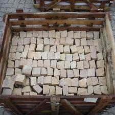 Pflastersteine (81 St. ca 1,0 qm) Sandstein gelb 10x10x6-10cm naturgespalten