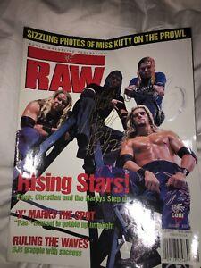 SIGNED By Jeff & Matt Hardy ! WWF Raw Magazine January 2000 Scarce !