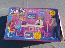 Mattel Barbie Arco 6 Six Oclock news Playset Nib 1987 Complete