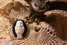 """~Vintage """"Barn Owl"""" Cameo~25x18mm Molded Button~White over Black~ >^..^< Rescue"""
