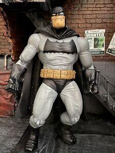 Batman the Dark Knight  knight returns Batman Figure Dc Direct Frank Miller