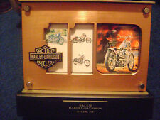 LARGE BULK LOT OF HARLEY DAVIDSON and MOTORCYCLE TYPE ITEMS (11 ITEMS TOTAL)