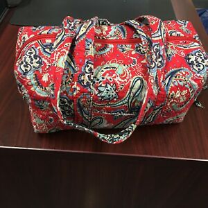 Lily Waters Med Quilted Cotton Paisley Duffle/Barrel Bag Red Black