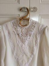 Vintage Sussan Size M ( 12 ) Cream Long Sleeve Blouse Top Lace Trim