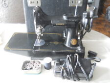 Singer Featherweight Sewing Machine Accessories EE808186