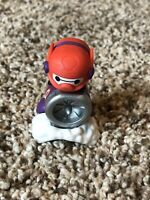 Med. Disney Tsum Tsum Blind Mystery Bag Stack Pack Baymax Armored Vinyl Series 3