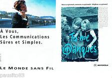 PUBLICITE ADVERTISING 096  1994  Motorola ( 2p)    téléphone  mobile sans fil