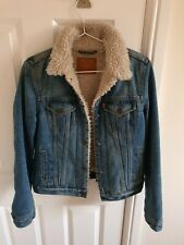 Levis denim jacket womens small