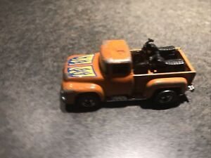 Hot Wheels 1973 Hi Tail Hauler 56 Ford Truck With Motorcycles Orange