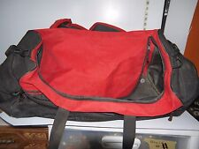 Large Red Sportif Duffel Bag Umpire Approved Zippered Sports Bag