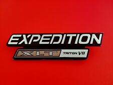 97 98 99 00 01 02 FORD EXPEDITION XLT TRITON V8 REAR/SIDE OEM EMBLEM LOGO (1998)