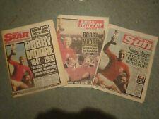 BOBBY MOORE DIES ORIGINAL NEWSPAPERS