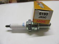 Bougie d'allumage NGK Spark Plug JR9C  6193   Moto SUZUKI 750 F