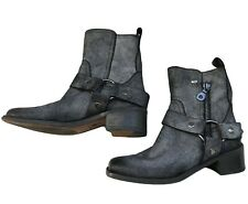 Ryder Metallic Harness Boots Size 8