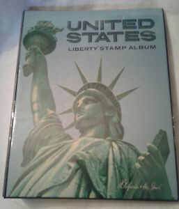 1978 United States Liberty Stamp Album - Over 1100 Stamps