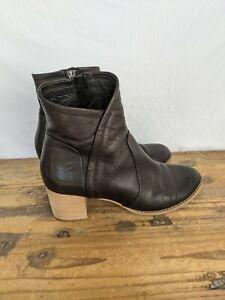 Django & Juliette ladies leather ankle boot size 38