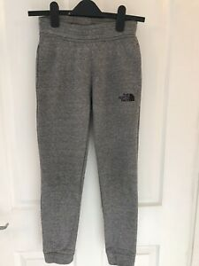 Boys North face Joggers Size Junior Meduim ( Approx (10-12yrs) Ex Con