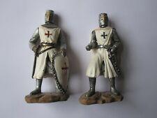 Puckator 2 crusader knight figurines