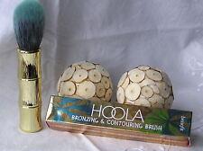 Benefit - HOOLA - Bronzing & Contouring Brush - Brand New & Boxed