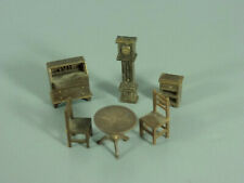 SPIELZEUG: Mini-Möbel - Tisch, 2 Stühle, Standuhr, Kommode, Sekretär