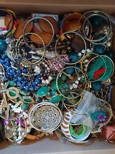 Huge junk jewelry lot 17.4 lbs. Packed with all sorts of stuff.