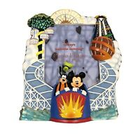 Disney's California Adventure 3D Picture Frame Goofy Mickey Mouse 5 x 7